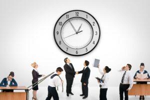 ¿A como pagan la hora de trabajo en Canada?